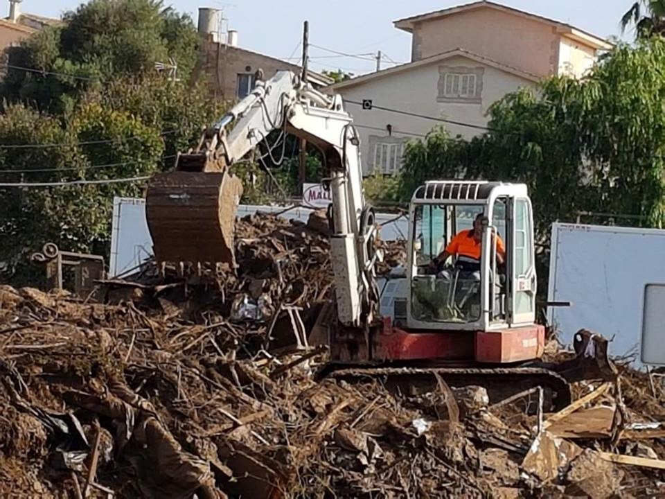 Clearing flood damage in Mallorca, Spain, October 2018 – Credit: 112 Illes Balears