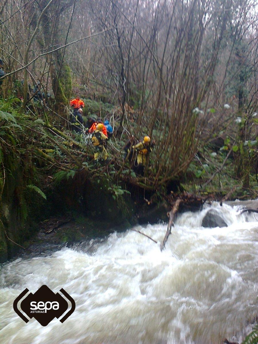 Search and rescue teams in Tineo, Asturias, Spain January 2019