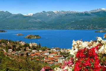 Stresa - Lake Maggiore and Borromean Islands. Photo by Roger W Common license (CC by 2.0)